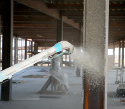 spray_fireproofing_Spraying